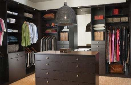 California Closets Custom Finishes - Lago