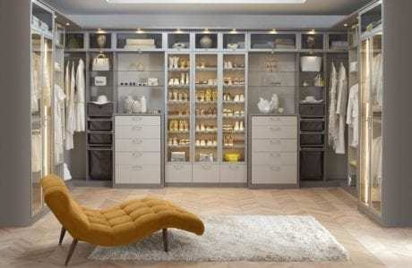 California Closets - Custom Tesoro Finishes