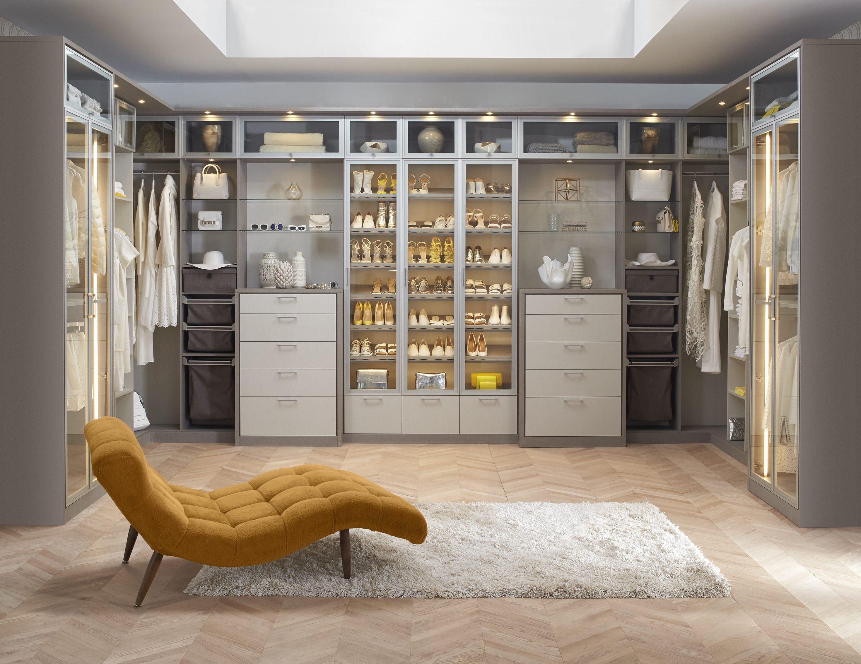 Charmant Tesoro Finish Closet Design